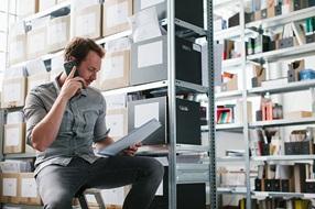 Tallentamalla tiedot digitaalisesti eArchive-ratkaisun avulla tehostat prosessejasi ja parannat asiakaskokemusta.